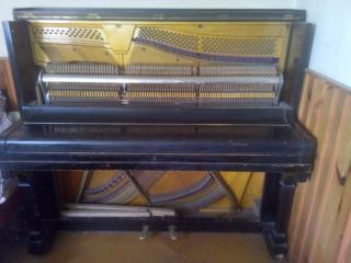Prodej pianina Petrof v super stavu