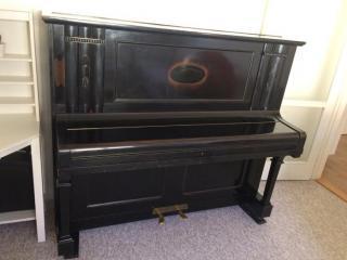 Klavír (pianino) Scholze Georgswalde