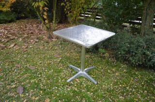 Stůl na jedné noze