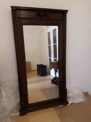 Starožitné zrcadlo