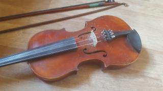 Starožitné housle