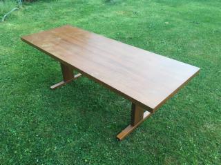 Stůl - nízký