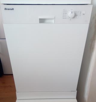 Myčka nádobí Brandt (DFH1030E)