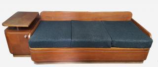 Dřevěný gauč + skřínka
