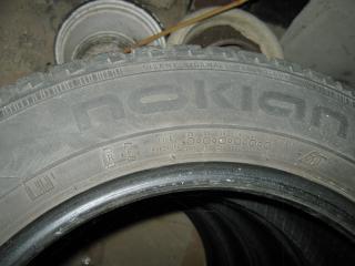 Zimní pneumatiky NOKIAN 185/65/15 .