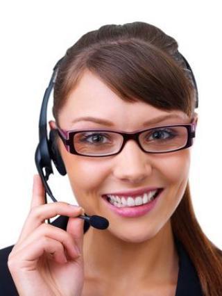 Telefonní operátorka práce z domova