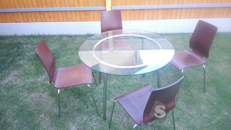 Jídelní skleněný stůl + 4 židle