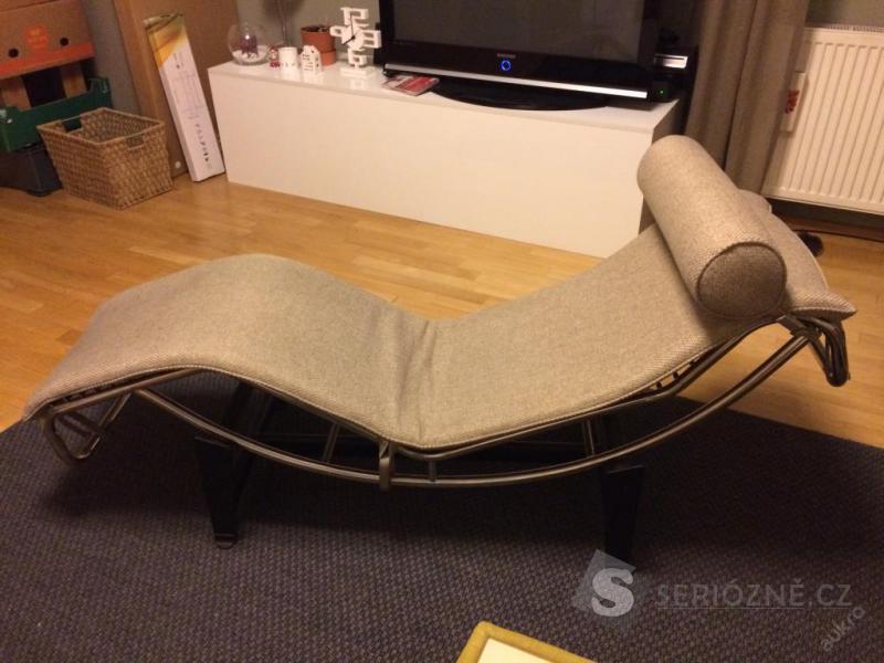 LC4 Le Corbusier Chaise longue relaxační křeslo