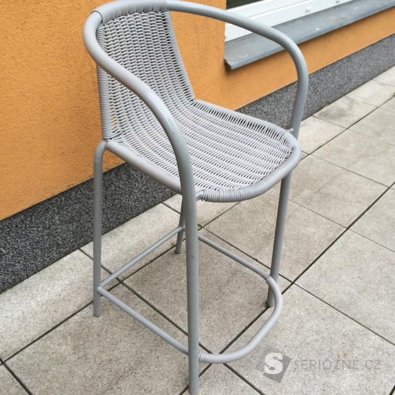 Židle - proutěná