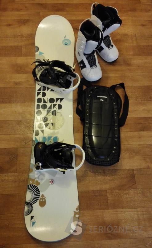 Snowboard NIDECKER + vázání + boty + obal ZDARMA