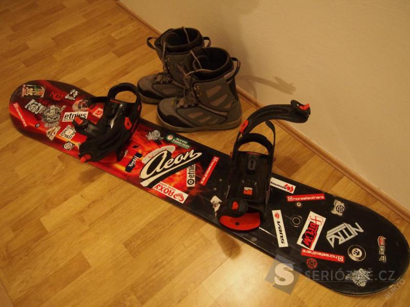 Snowboard komplet Nitro + boty
