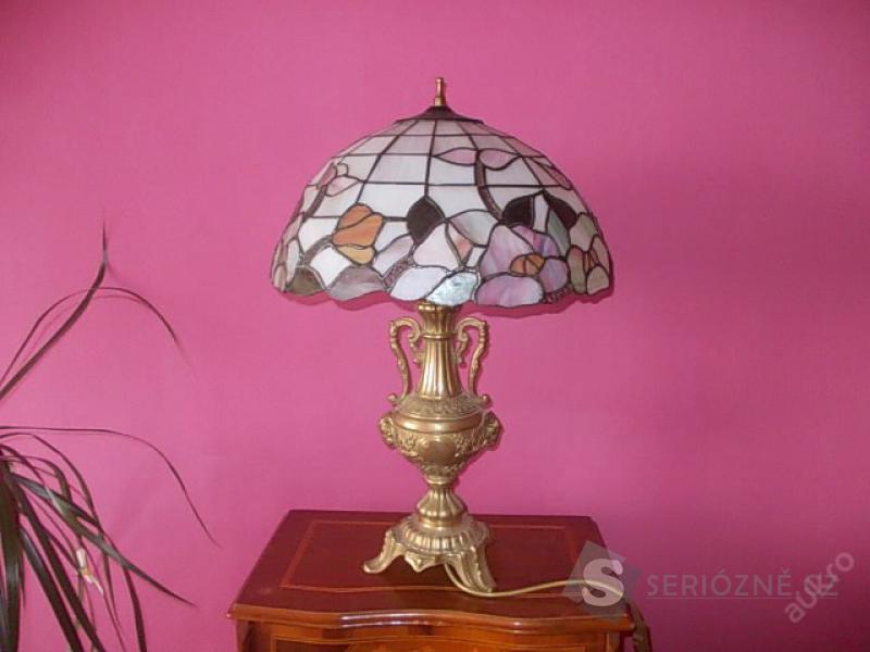Krásná Tiffany lampa