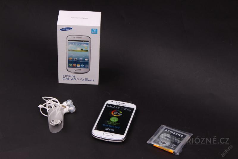Mobilní telefon Samsung Galaxy S3 mini