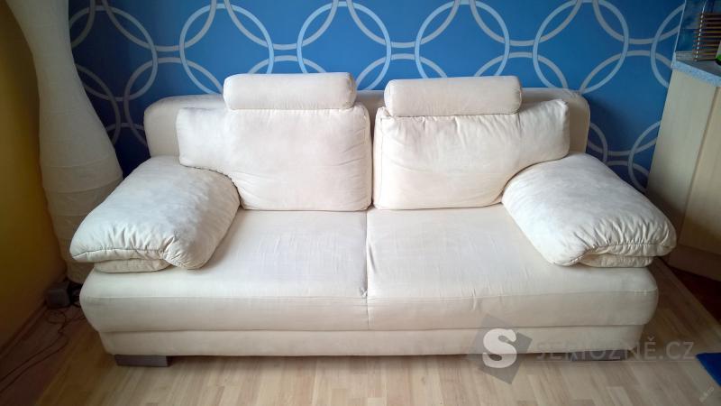 Rozkládací pohovku / gauč s úložným prostorem