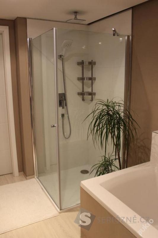 Bezbariérový skleněný sprchový kout - Pivot 90x90