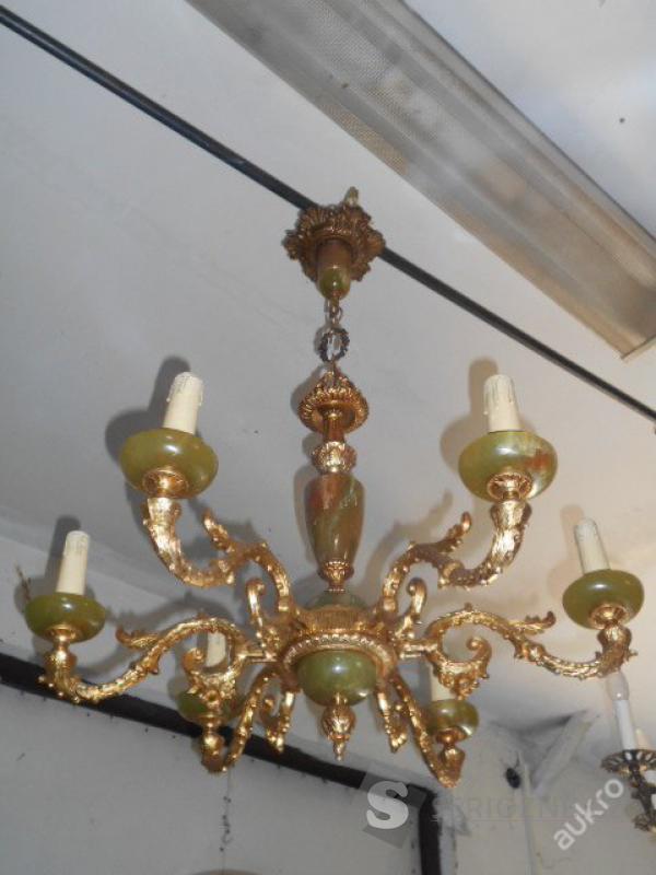 Masivní bronzový lustr