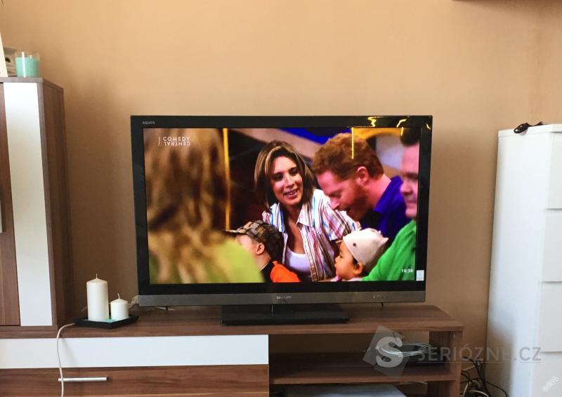 Full HD LCD (LED podsvícení) televize SHARP