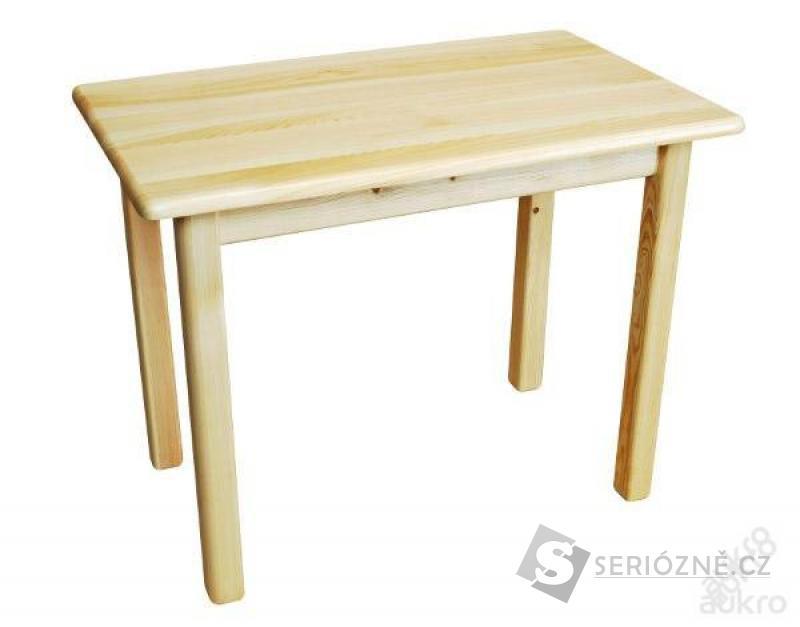 Jídelní stůl na 4 nohách