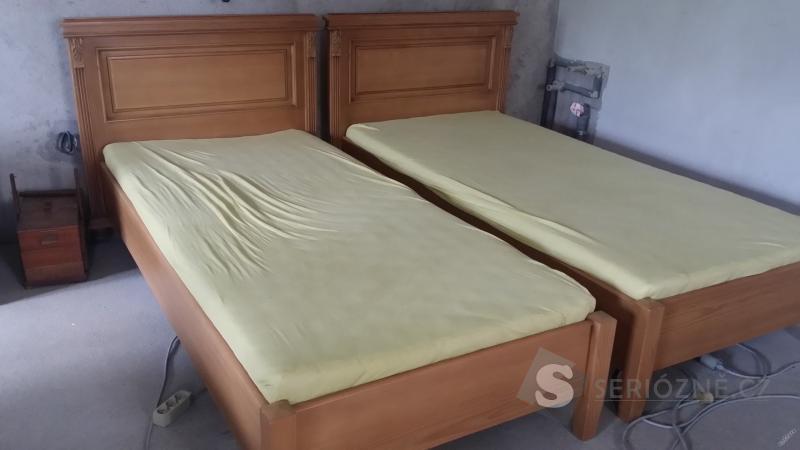 Rustikální smrkové postele