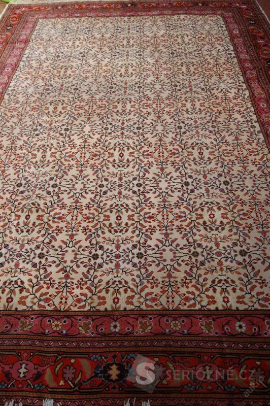 Perský koberec orig. 370 x 255 cm