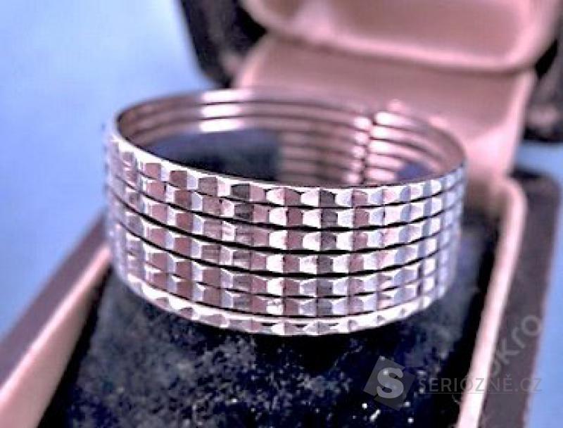 Stříbrný prstýnek - unisex,nový!