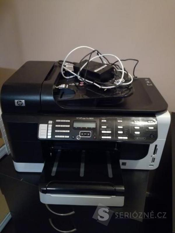Barevná tiskárna HP CB022A 19str./min.
