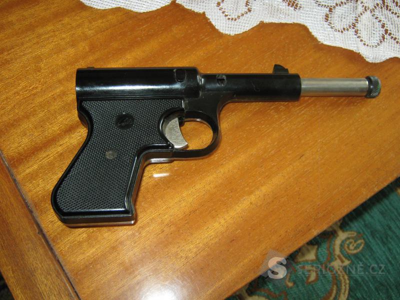 Prodám vzduchovou pistoli.