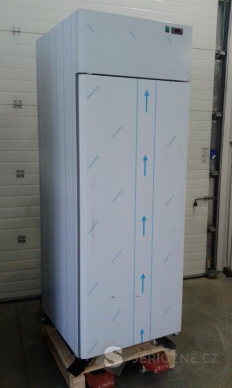 Nerezová lednice jednodveřová