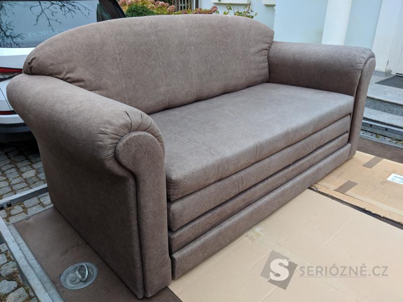 Sofa, rozkládací s lamelovým roštem