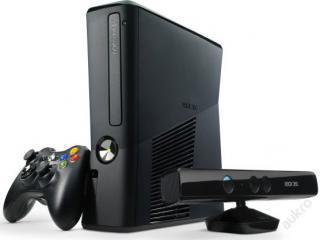 Xbox 360 4GB +4 hry+ KINECT záruka až 24měs.