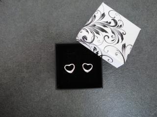 Módní 925 stříbrné náušnice ve tvaru srdcí