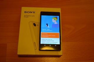 Sony Xperia Z5 Compact - nabušený kompaktní mobil