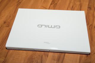 Spolehlivý multimediální notebook 18,4