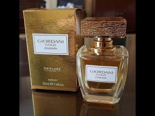 Giordani Gold Essenza / Parfém