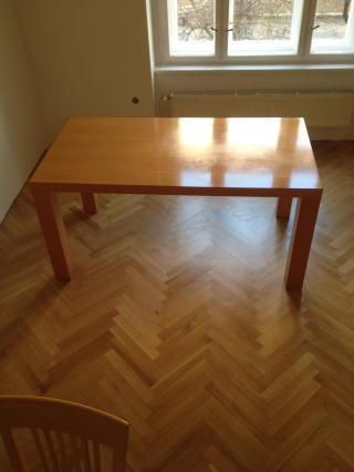 Kuchyňský stůl a židle z bukové dýhy
