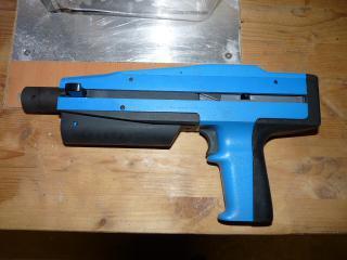 Nastřelovací pistole BERETTA – Beto 685