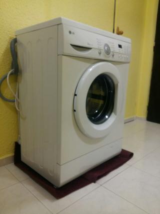 Pračka LG - pouze osobní převzetí