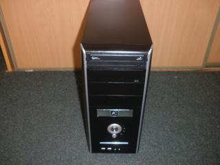 Prodám slušný dvoujádrový počítač