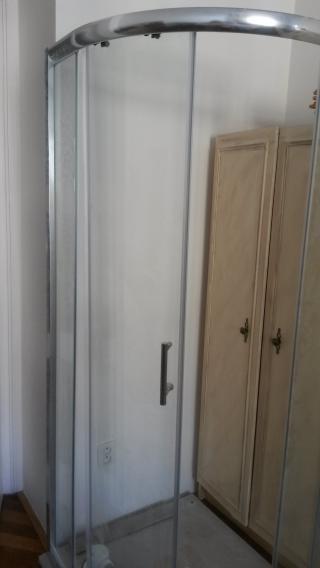 Sprchový kout s vaničkou - nepoužitý