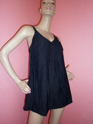 Černé plavkové šaty s třásněmi vel. 40