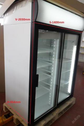 Lednice prosklená