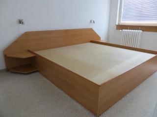 Manželská postel - dvojlůžko 200 x 200