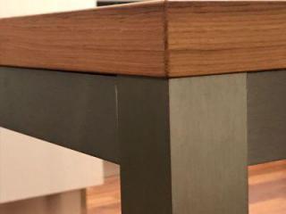 Designový jídelní stůl (originál)