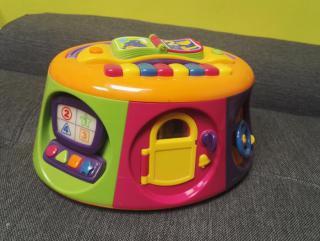 Interaktivní hračka