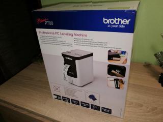 Tiskárna štítků Brother P700