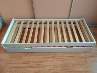 Rozkládací postel