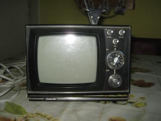 """Prodám retro TV """"ŠILELIS"""". Sběratelský kousek."""