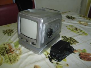 """Prodám TV """"NOVALINE""""."""
